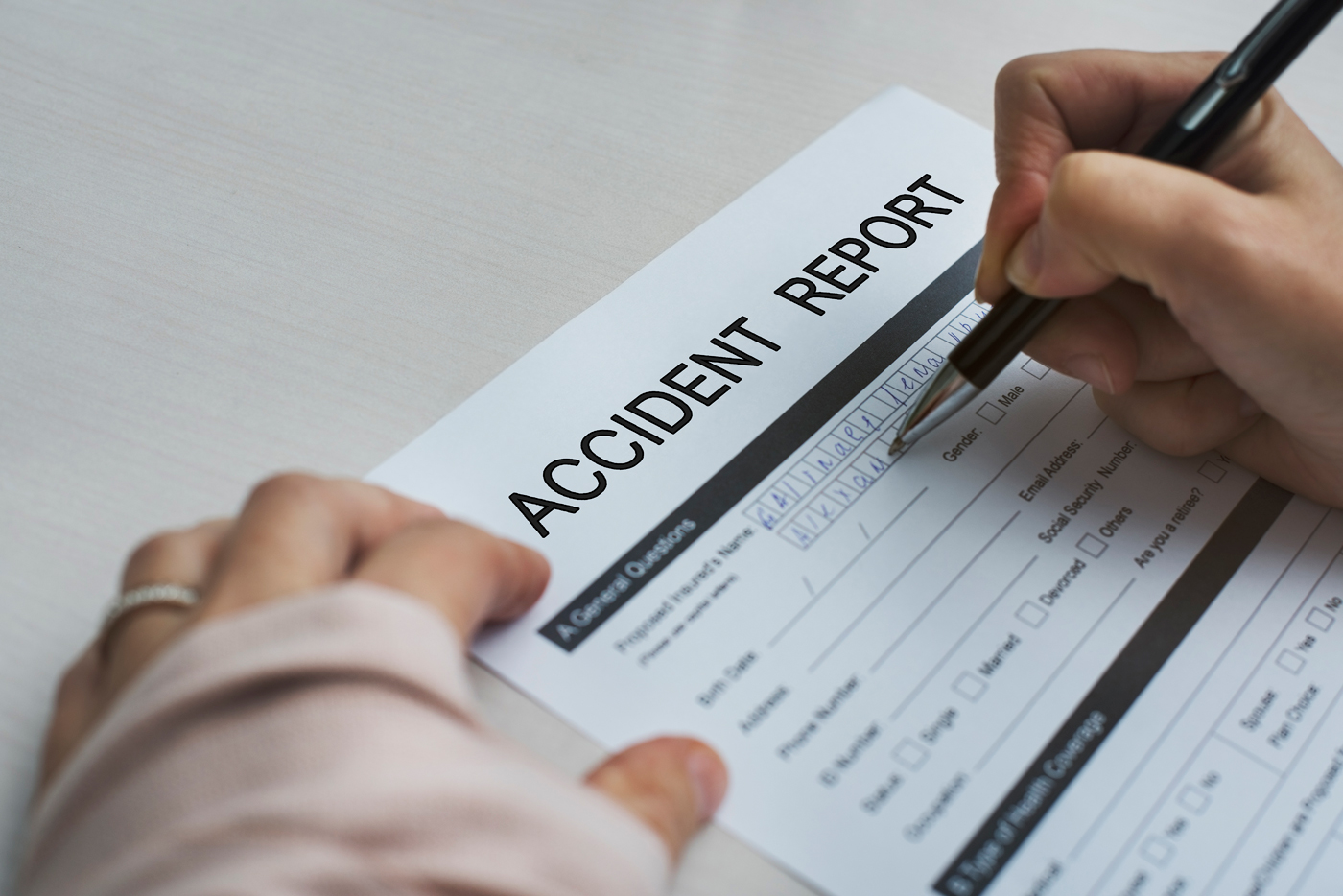 PROS AND CONS OF FILING YOUR OWN PERSONAL INJURY CLAIM